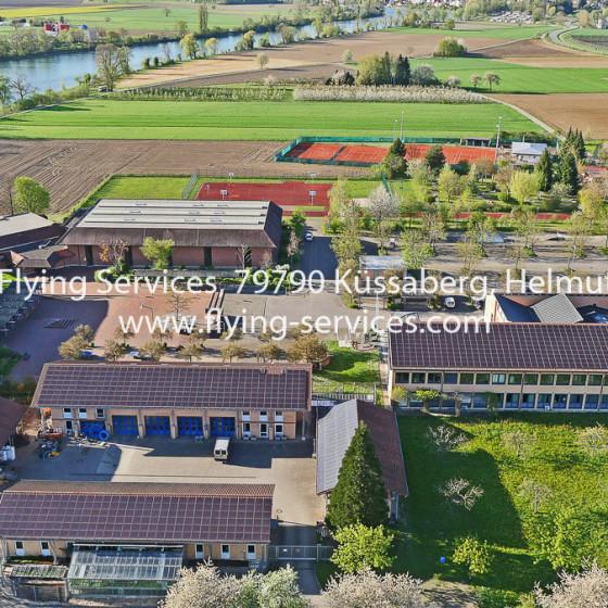 Luftbild Gemeinde Zentrum Küssaberg FS P1030038