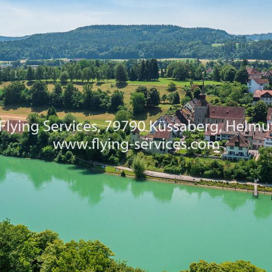 Luftbild Stadt CH-Kaiserstuhl FS P1040845