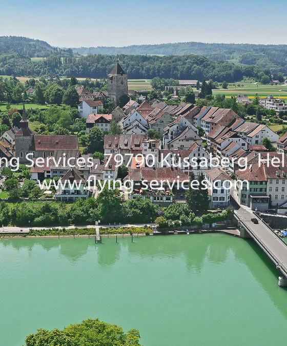Luftbild Stadt CH-Kaiserstuhl FS P1040849